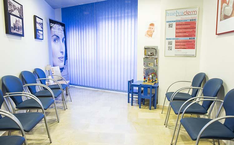 Sala de Espera Huelvaderm, Clínica dermatológica y Medicina Estética en Huelva